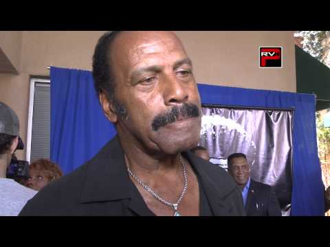 Interview with Fred Williamson at The Jim Kelly Tribute