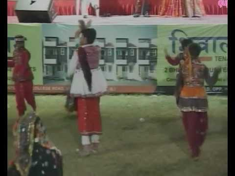 Gujarati Garba Song Navratri Live 2011 - Lions Club Kalol - Sarla Dave - Day-7 Part-11 from YouTube · Duration:  14 minutes 48 seconds