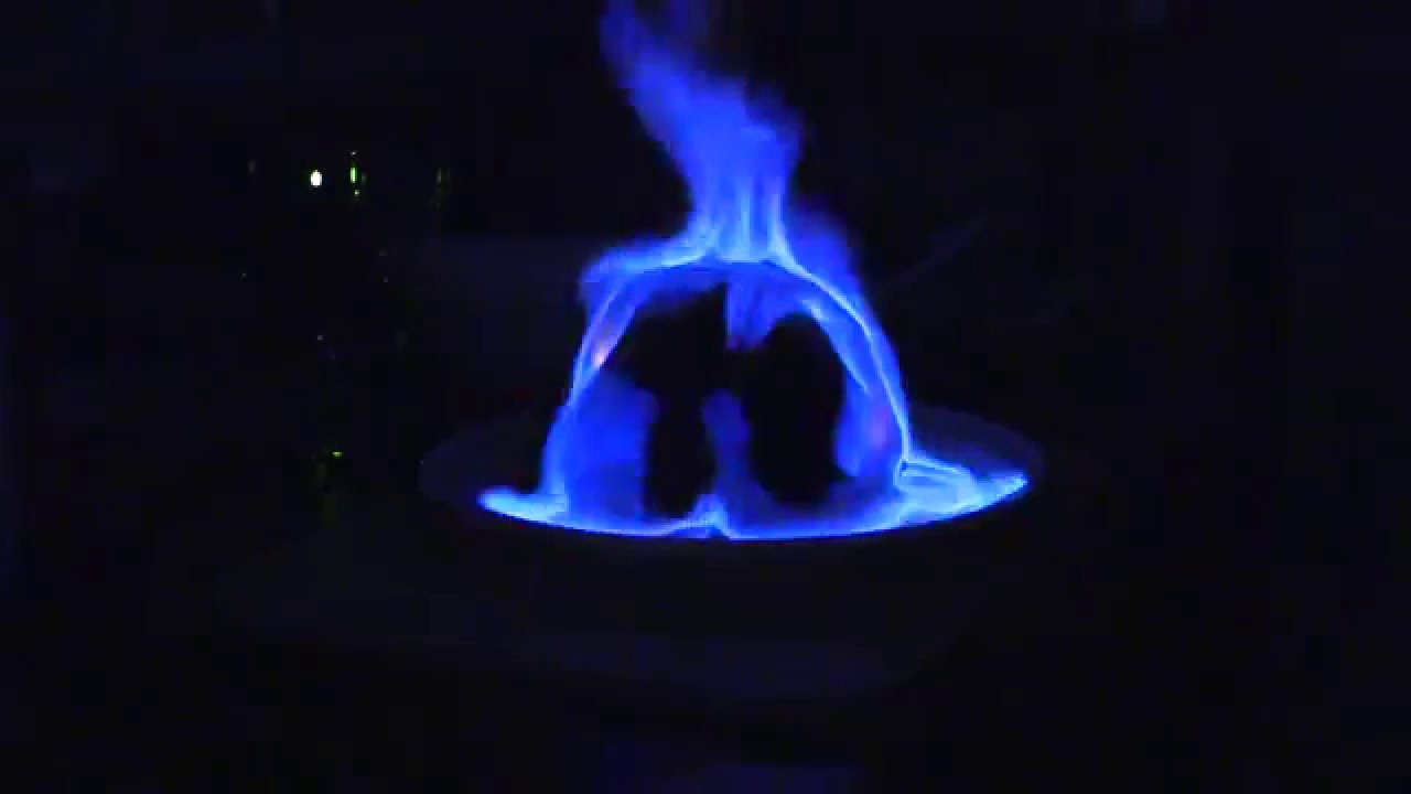 Christmas Pudding On Fire.2015 Xmas Pudding With Flaming Brandy