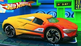FAST LANE LAVADO DE COCHES CAMBIO DE COLOR RAYO MCQUEEN DISNEY PIXAR CARS SALLY RAMONE HOT WHEELS