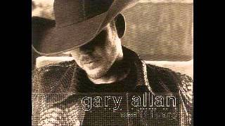 Watch Gary Allan A Showmans Life video