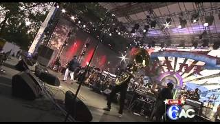 "The Roots with DJ Jazzy Jeff - ""Paul Revere"",""Bustin Loose"" - Live in Philadelphia July 4, 2012"