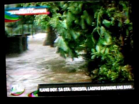 Typhoon Juan leaves flash floods in the Philippines