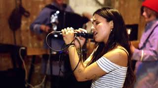 Rock'n roll, Blåa Ögon - Miriam Bryant | Ebbots Ark