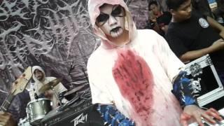 Nyareat black metal ..live comal baru ..26maret27