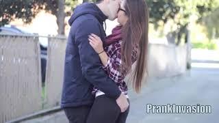 ÖPÜŞME CEZALI OYUN - EN GÜZEL SAHNELER [Kissing Prank, PrankInvasion]