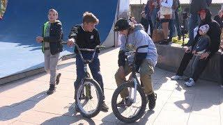 Экстрим-фестиваль «Мосты» собрал во Владивостоке любителей BMX, скейтов и самокатов