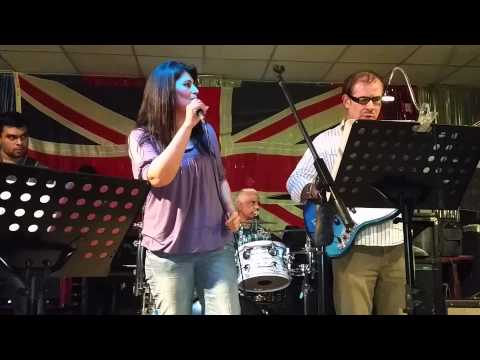 Vanny Bourne @ The Victory Croydon London with Randell and Band 26th Sept 2014