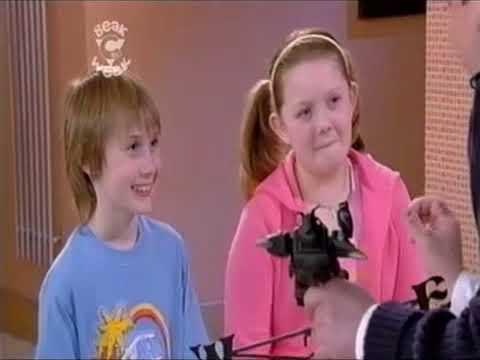 Emu 1x02 Attack of the Spacebird