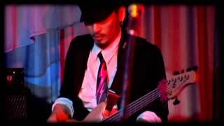 HOt SHOCk樂團12 週年團慶獻給當晚所有辛苦演出的夥伴們: 有出席的朋友請回憶沒出席的朋友請觀賞一切的一切~感謝再感謝【Rhythm Section】...