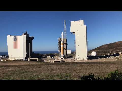 Delta IV Heavy NROL-71 UNVEILED FOR LAUNCH (time-lapse)