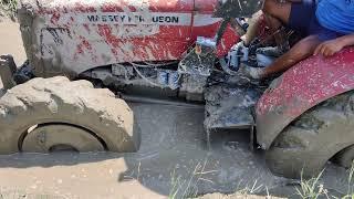 FAIL   Massey Ferguson 4by4 Tractor Stuck in Deep Mud   Wooden Block And Swaraj 744 Rescue Massey