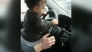 Малыш на драйве)))