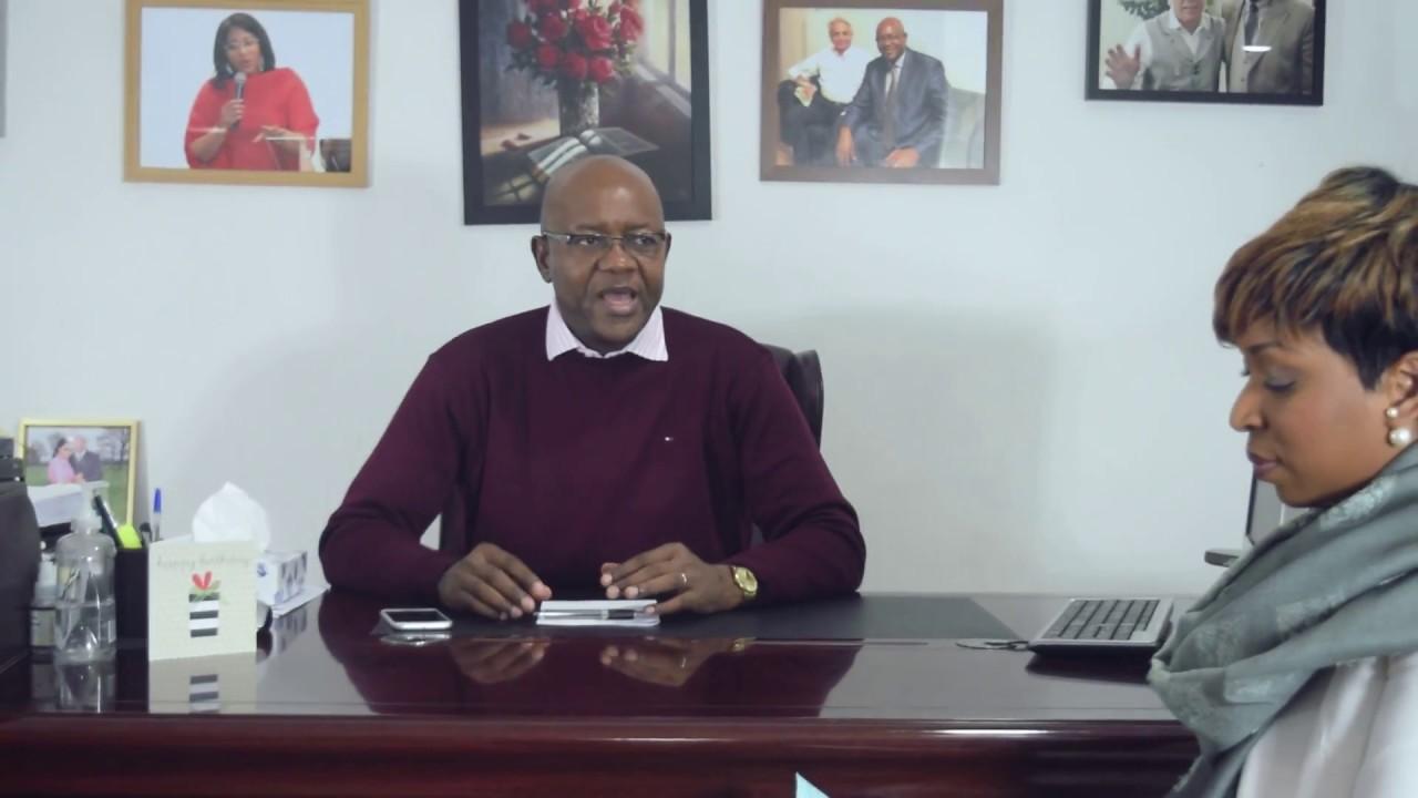 Download Aux Pieds du Maitre/ Le Docteur Job Mukadi repond aux questions sur la Noel