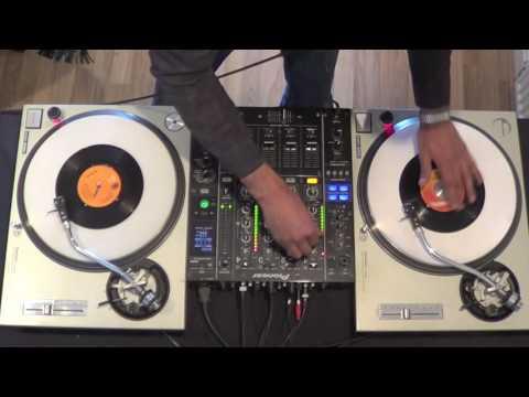 7inch Vinyl DJ Mix of 7 Classic Disco Songs 45s