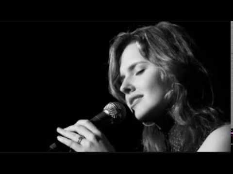Halie Loren - Ellie, My Love