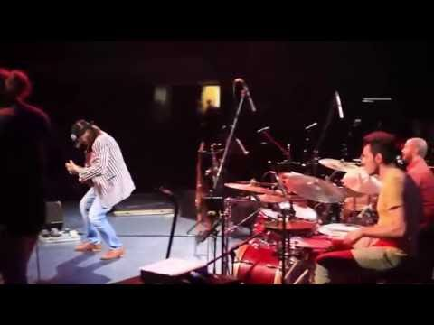 Rambo Amadeus - Karaoke Live u Domu Sindikata 2015 (Car Nikad Ne Pere Ruke)