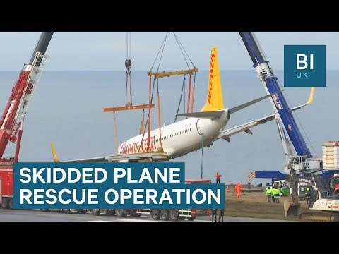 It took two cranes to recover a crashed plane in Turkey