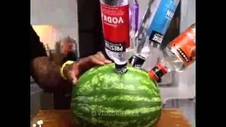 Crazy коктейль в арбузе