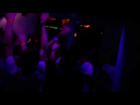 Jose Fajardo Live @Shandoo Music Club Playing ''Control Policial Baby (Jose Fajardo Edit)''
