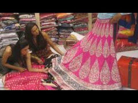 Chandni Chowk best clothes market Delhi!! Chandni Chowk ...