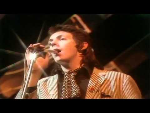 Punk Britannia At The BBC [10]. The Lurkers- I Don't Need To Tell Her (TOTP 1978)