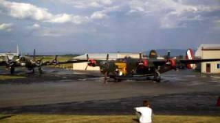 B-17 and B-24 start up and taxi