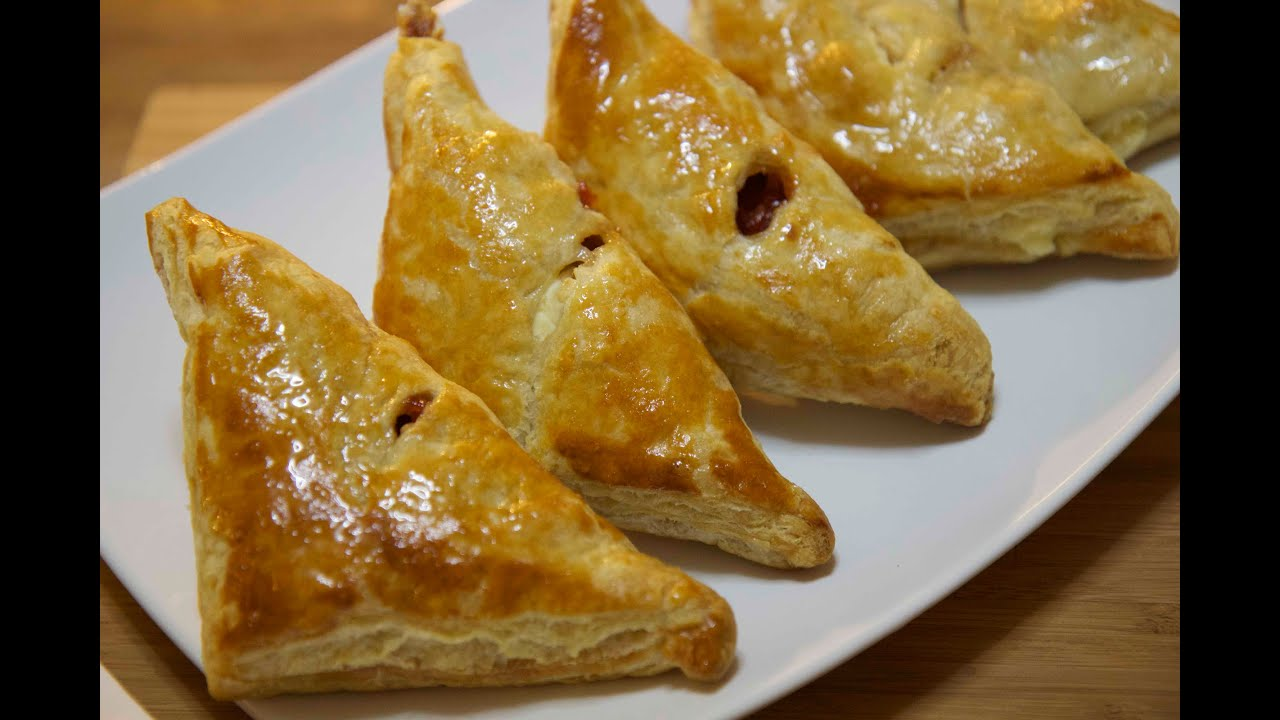 Pastelitos de Guayaba y Queso - Guava and Cheese Pastries - Cooked by ...