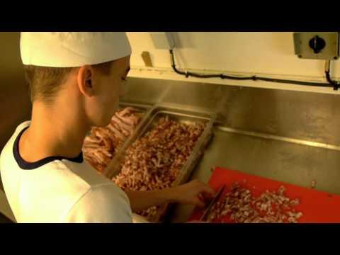 UN JOB A LA MARINE : Cuisinier !