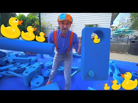 Blippi at an Outdoor Children's Museum | Learn about Fossils and More! - Видео онлайн