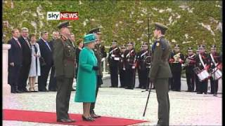 Queen Elizabeth Begins Historic Irish Republic Visit