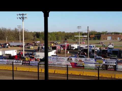 MWM Heat 2 Viking Speedway 5/6/17