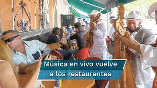 Con sana distancia y cubrebocas mariachis, jaraneros y solistas animan a comensales en los restaurantes de la CDMX
