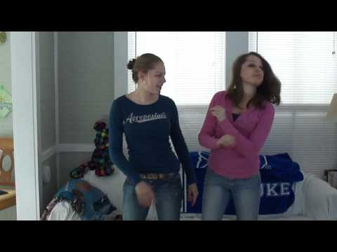 Ashley And Kristin: Sara Evans - Suds In The Bucket