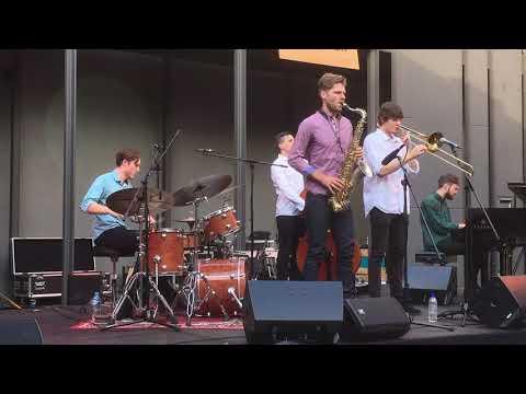 Ryan Daunt - Drum solo on Sleepless by MELVE