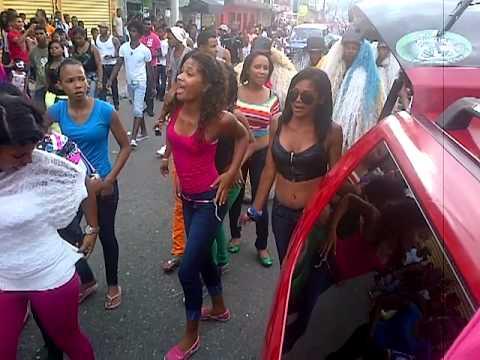 los mvp la nueva amenaza en el carnaval de los alcarrizos 2013
