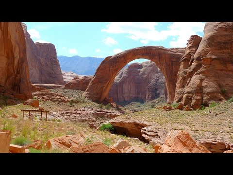 Rainbow Bridge Boat Tour at Wahweap Marina Lake Powell Daytrip Page Arizona Usa Travel Tip 4k UHD