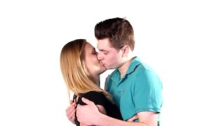 Video Republicans And Democrats KISS (For The First Time) download MP3, 3GP, MP4, WEBM, AVI, FLV Maret 2017
