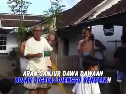 CATUR ARUM-LAYANGAN