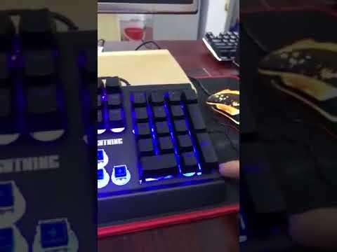 Chia sẻ cảm nhận về bàn phím giả cơ như thật Lightning PR-8900Z của ông chủ tập đoàn Lightning
