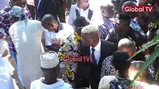 HARMONIZE Makaburini kwa MAJUTO Akiweka Mchanga