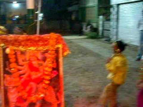 DSCN1302 Day 5 Part 1 Mumbai thi Gadi aavi