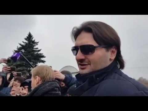 Похороны Юлии Началовой на Троекуровском кладбище Москвы