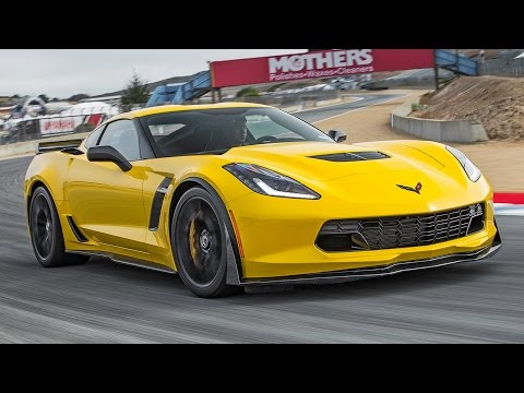 2015 Chevrolet Corvette Z06 Hot Lap! - 2015 Best Driver's Car Contender