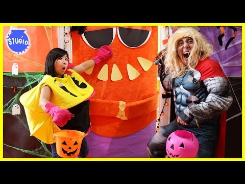 DONT Trick or Treat Wrong Door!! Scary Halloween Doors + Whats in the Box