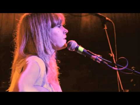 Lucy Rose - Bull to the Red (Encore part 2)