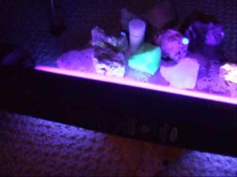 Fluorescent Minerals - Glow in the Dark!