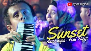 SUNSET (AND I HOPE) FEAT RIFQI. LIVE at I-SIX KEMANG KAWANAN PEDULI DONGGALA PALU