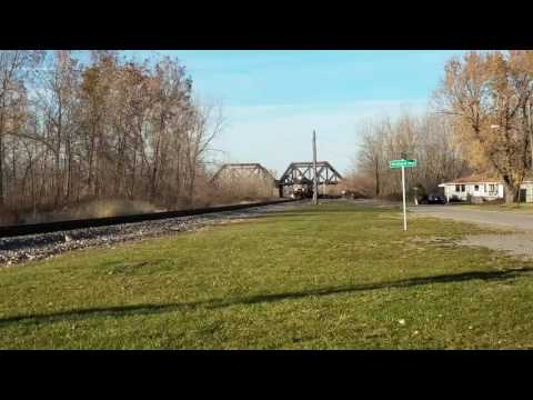 Westbound NS Intermodal at Lake Ave.