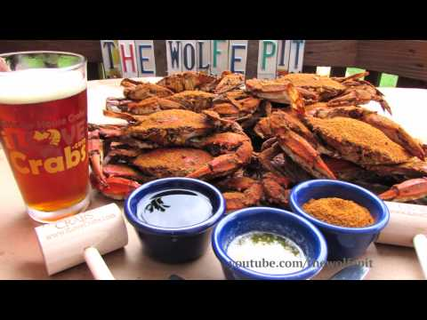 How To Pick and Eat Chesapeake Bay Blue Crabs